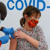 Covid: People 45 or over in England invited to book vaccine