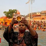 Haridwar: Hundreds test positive for Covid at Kumbh Mela
