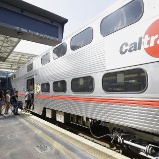 Podcast reveals this social network wouldn't exist without this Bay Area train