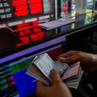 Turkish lira nears record low after US recognises Armenian genocide