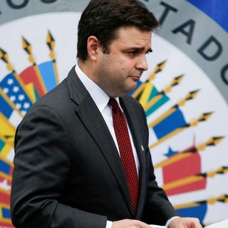 U.S., UK slap sanctions on Guatemalan official in corruption crackdown