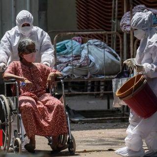 India Covid: First UK aid arrives as coronavirus deaths mount