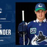 Canucks sign Nils Hoglander