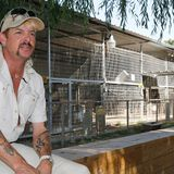 'Tiger King' Fans Crowd Joe Exotic's Zoo Reopening After Coronavirus Shutdown