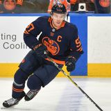 Orr: McDavid could eventually pass Howe, become greatest player ever