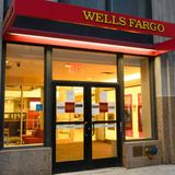 Whistleblower: Wall Street Has Engaged in Widespread Manipulation of Mortgage Funds