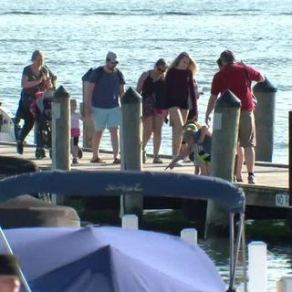 Despite state lockdown, Illinois tourists head to Lake Geneva