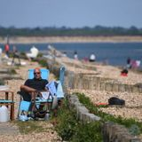 Lockdown Limits Tested as Brits Flock To Beaches and Parks Amid Nationwide Heatwave - Photos
