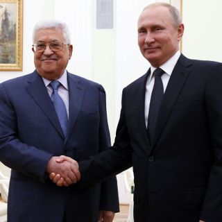 Russia offers to facilitate summit to restart dialogue between U.S. and Palestinians