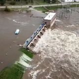 Michigan dam failures force 10,000 to evacuate and could leave one city under 9 feet of water