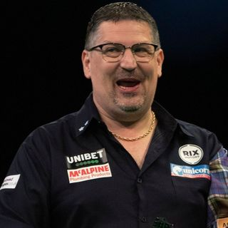 Gary Anderson resolves wifi woes to join PDC Home Tour