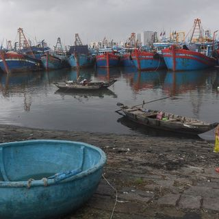 Vietnam Encourages Fishermen to Defy China South China Sea Ban