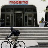 Moderna execs dumped nearly $30 million of stock after news of promising coronavirus vaccine