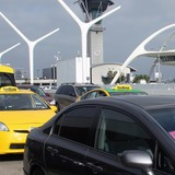 LAX to end curbside pickup by Uber and Lyft