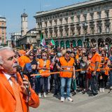 Italy's Orange Jackets want 'power to the people'