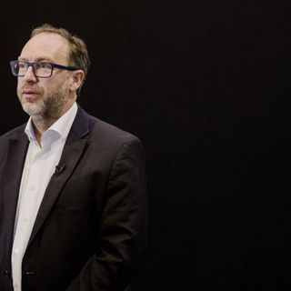 Wikipedia's Jimmy Wales wanted to save journalism. He didn't
