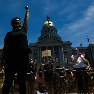 "Colorado state senator apologizes for ""step on the neck"" remark"