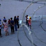 U.S. ramps up mass expulsions of migrants as border crossings rise