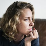 Social anxiety is linked to impaired memory for positive social events