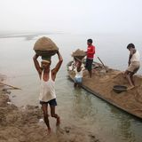 Illegal Sand Mining a Deadly Beat for India's Journalists