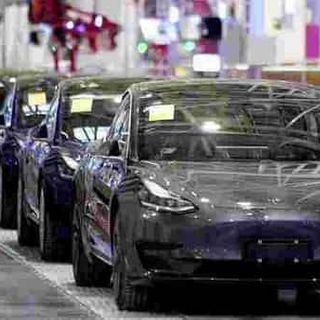 Costly click: Man accidentally buys 28 Tesla cars worth 1.4 million euros online