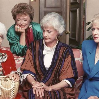 Hulu criticized for pulling 'Golden Girls' mud mask episode: It's 'not blackface'