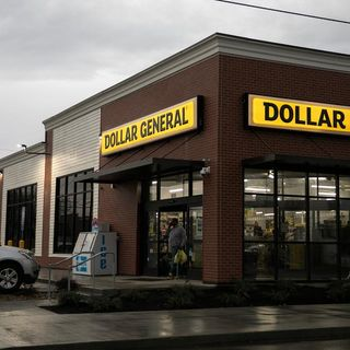 Dollar General's business is booming. It's also vulnerable to crime, police say - CNN Video