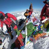 Everest: Sherpas slam Nepal's plan to remove rubbish