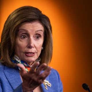 Pelosi Accuses White House of Trying to 'Con' US Public on Intelligence