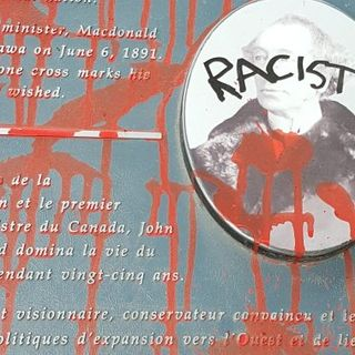Sir John A. Macdonald plaques vandalized in Cataraqui Cemetery - Kingston | Globalnews.ca