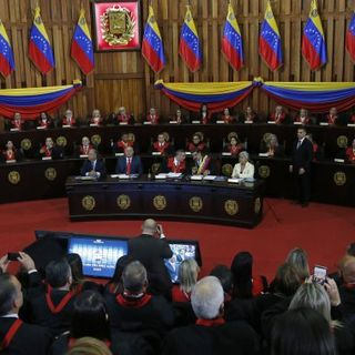Venezuela's Supreme Court orders takeover of opposition party founded by Guaido - National | Globalnews.ca