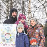 Despite Putin's Promises, Many Large Russian Families Feel Abandoned By The State